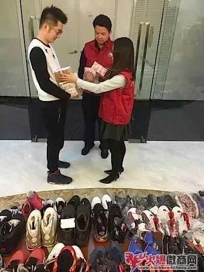 微商卖鞋是真是假 一手货源