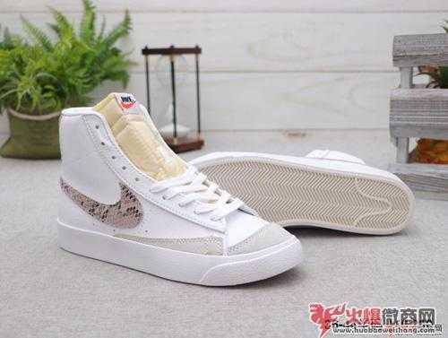 莆田高档鞋子的价格表,一双鞋大概多少钱?